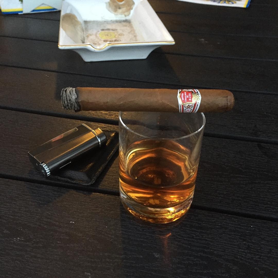 A midsummer cigar and some jamaican rum #51