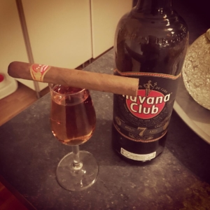 Celebrating that my eldest son got his drivinglicence today with a Partagas and some Havana Club